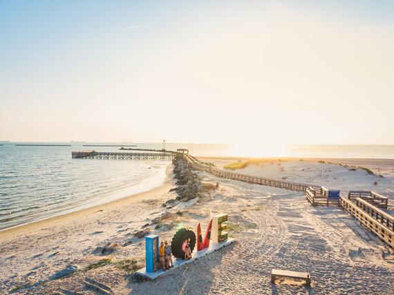 Cape-Charles-Beach,-Eastern-Shore