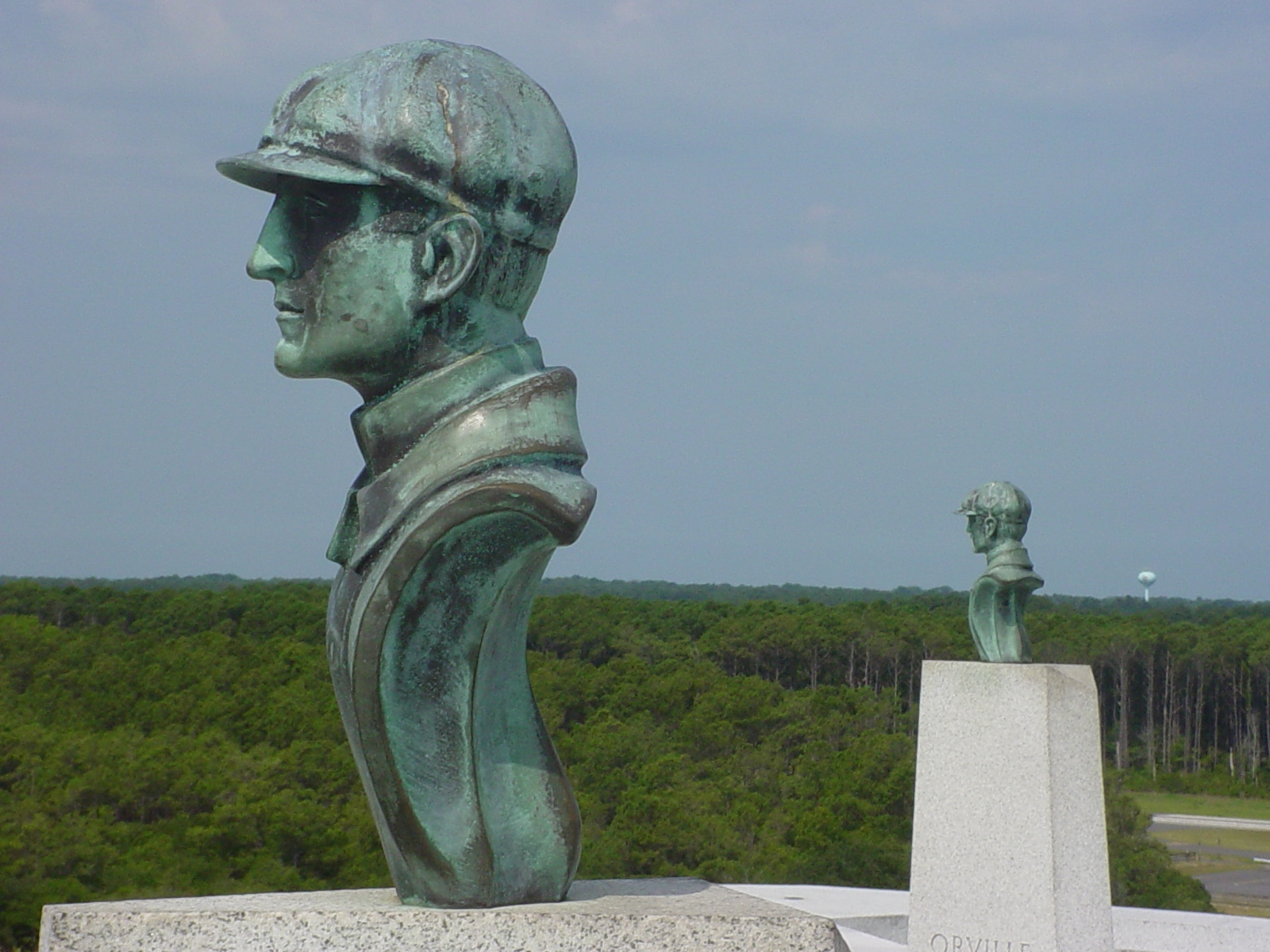 Image of the Wright Brothers' Busts